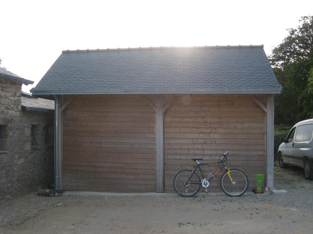 Fabrication et pose d 39 abris de jardin pergola et garage for Garage vianor auray