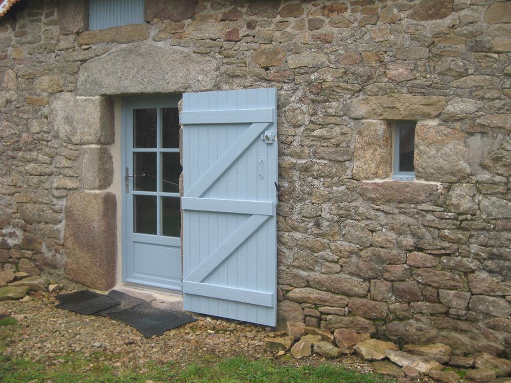 Menuiserie Pouivé : porte d'entrée
